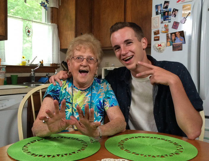 Grandma Lill et son petit-fils
